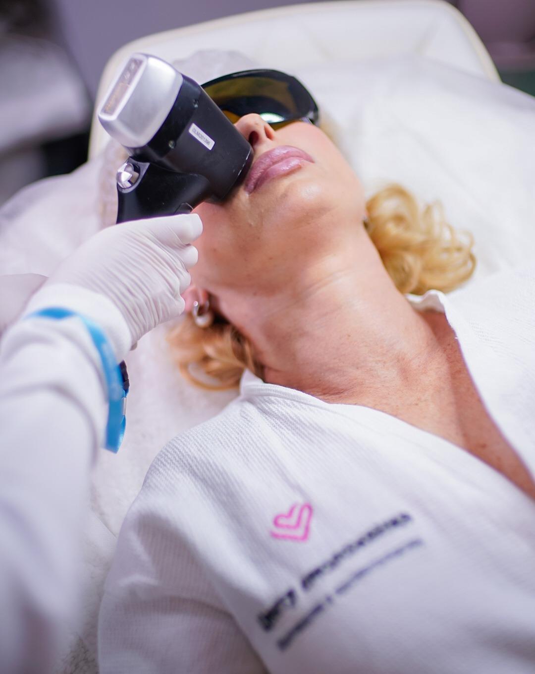 Лазерная Эпиляция лица в Центре Омоложения
